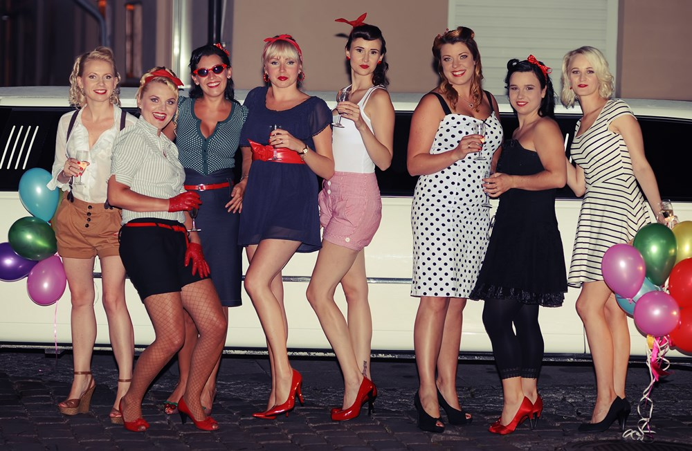 Pin up girls 3