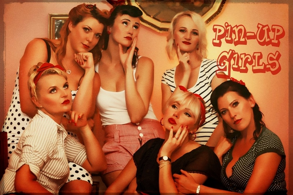 Pin up girls 4